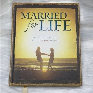 """Hallmark Gift Books """"Married For Life"""" (new w/tag)"""